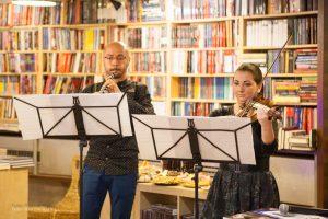 Roxana Bârsan – vioară și Emin Curtgeafar – oboi